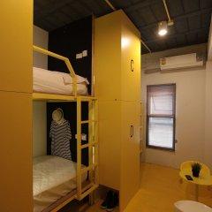 Отель Fulfill Phuket Hostel Таиланд, Пхукет - отзывы, цены и фото номеров - забронировать отель Fulfill Phuket Hostel онлайн бассейн