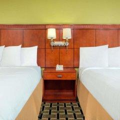 Отель Days Inn by Wyndham Knoxville East комната для гостей фото 4