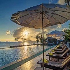 Отель Islanda Hideaway Resort бассейн