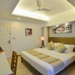 Отель Coconut Tree Hulhuvilla Beach Мале комната для гостей