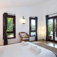 Villa Papatya by Akdenizvillam Турция, Калкан - отзывы, цены и фото номеров - забронировать отель Villa Papatya by Akdenizvillam онлайн комната для гостей