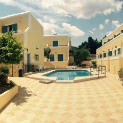 Отель Esperides Maisonettes Греция, Эгина - отзывы, цены и фото номеров - забронировать отель Esperides Maisonettes онлайн бассейн фото 3