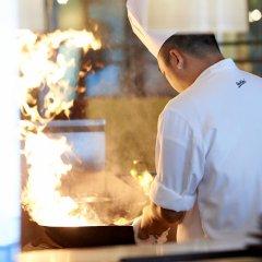 Отель Radisson Blu Hotel, Dubai Deira Creek ОАЭ, Дубай - 3 отзыва об отеле, цены и фото номеров - забронировать отель Radisson Blu Hotel, Dubai Deira Creek онлайн помещение для мероприятий фото 2