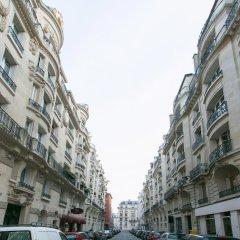 Отель Appartement Champs Elysées Париж