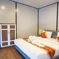 Отель Happy Mountain Airport Resort Таиланд, Такуа-Тунг - отзывы, цены и фото номеров - забронировать отель Happy Mountain Airport Resort онлайн комната для гостей фото 5