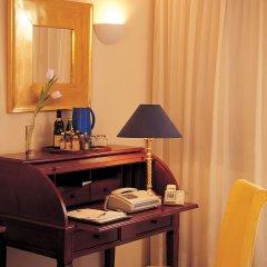 Отель Grand Resort Lagonissi в номере