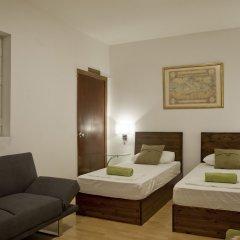 Отель Marco Polo Hostel Мальта, Сан Джулианс - отзывы, цены и фото номеров - забронировать отель Marco Polo Hostel онлайн комната для гостей фото 2