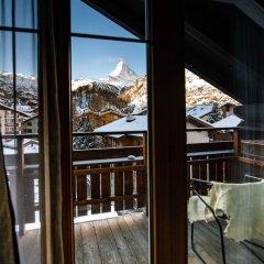 Отель Romantik Hotel Julen Superior Швейцария, Церматт - отзывы, цены и фото номеров - забронировать отель Romantik Hotel Julen Superior онлайн балкон