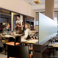 Hotel ibis Madrid Aeropuerto Barajas гостиничный бар