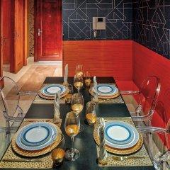 Отель Dream Inn Dubai - Old Town Miska в номере