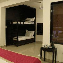 Отель Sri Nanak Continental Индия, Нью-Дели - отзывы, цены и фото номеров - забронировать отель Sri Nanak Continental онлайн удобства в номере фото 2