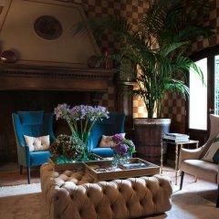Отель L'Albereta, Relais & Chateaux интерьер отеля