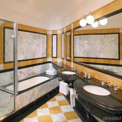 Отель Bristol, a Luxury Collection Hotel, Vienna Австрия, Вена - 3 отзыва об отеле, цены и фото номеров - забронировать отель Bristol, a Luxury Collection Hotel, Vienna онлайн спортивное сооружение