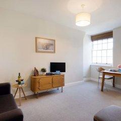 Отель Bright Queen Alexandra Apartment - MPN Великобритания, Лондон - отзывы, цены и фото номеров - забронировать отель Bright Queen Alexandra Apartment - MPN онлайн комната для гостей фото 4