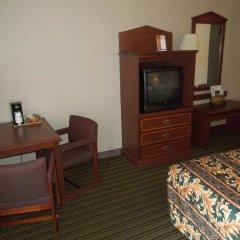 Отель Super 8 by Wyndham Columbus США, Колумбус - отзывы, цены и фото номеров - забронировать отель Super 8 by Wyndham Columbus онлайн удобства в номере фото 2