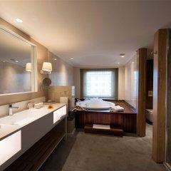 Kemer Barut Collection Турция, Кемер - 11 отзывов об отеле, цены и фото номеров - забронировать отель Kemer Barut Collection - All Inclusive онлайн ванная фото 2