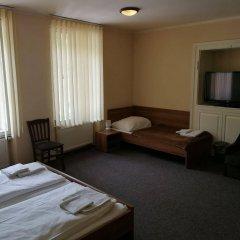 Отель U Svejku Чехия, Прага - отзывы, цены и фото номеров - забронировать отель U Svejku онлайн комната для гостей фото 5