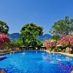 Отель Matahari Beach Resort & Spa бассейн фото 3