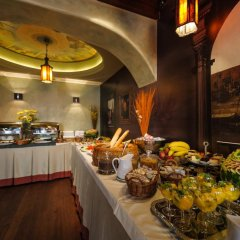Отель Holland House Residence Old Town питание фото 2