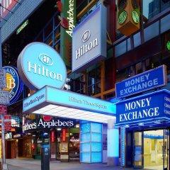 Отель Hilton Times Square США, Нью-Йорк - отзывы, цены и фото номеров - забронировать отель Hilton Times Square онлайн вид на фасад
