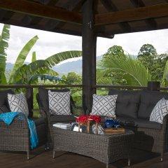 Отель Emaho Sekawa Resort Фиджи, Савусаву - отзывы, цены и фото номеров - забронировать отель Emaho Sekawa Resort онлайн балкон