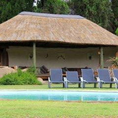 Отель Chrislin African Lodge с домашними животными