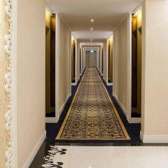 Emperor Hotel интерьер отеля