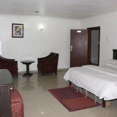 Отель Michelle Suites Нигерия, Калабар - отзывы, цены и фото номеров - забронировать отель Michelle Suites онлайн удобства в номере фото 2