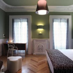 Отель Petit Palace Lealtad Plaza сейф в номере
