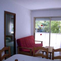 Отель Suite Apartments Arquus Испания, Салоу - отзывы, цены и фото номеров - забронировать отель Suite Apartments Arquus онлайн комната для гостей фото 3