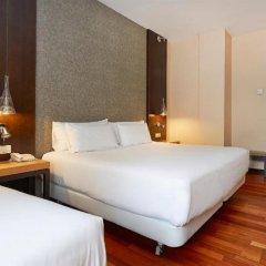 Отель NH Barcelona Eixample Испания, Барселона - отзывы, цены и фото номеров - забронировать отель NH Barcelona Eixample онлайн комната для гостей фото 4