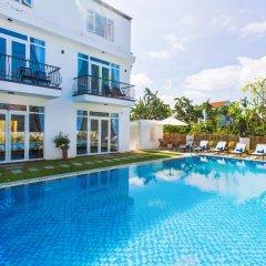 Отель Hoi An Sunny Pool Villa бассейн фото 2