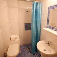 Отель Hanioti Hotel Греция, Ханиотис - отзывы, цены и фото номеров - забронировать отель Hanioti Hotel онлайн ванная фото 2