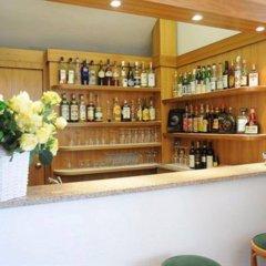 Отель Italie Et Suisse Стреза гостиничный бар