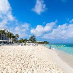 Отель Comfort Suites Seven Mile Beach Каймановы острова, Севен-Майл-Бич - отзывы, цены и фото номеров - забронировать отель Comfort Suites Seven Mile Beach онлайн пляж