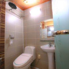 Отель Goodstay Daegwallyeongsanbang Южная Корея, Пхёнчан - отзывы, цены и фото номеров - забронировать отель Goodstay Daegwallyeongsanbang онлайн ванная
