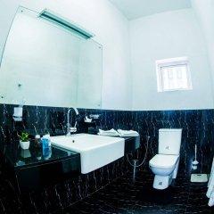Отель Whitehouse Residencies ванная