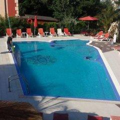 Отель Bahami Residence Болгария, Солнечный берег - 1 отзыв об отеле, цены и фото номеров - забронировать отель Bahami Residence онлайн бассейн фото 3