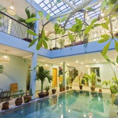 Отель De Campagne Villa Hoi An бассейн