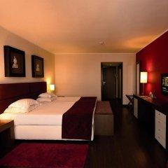 Отель Vila Gale Cascais сейф в номере
