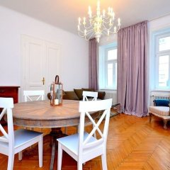 Отель Vienna Residence Great Home for 4 People Near the Famous Schloss Schoenbrunn Вена в номере фото 2