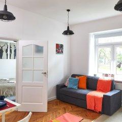 Отель Lazienki Krolewskie Apartment Польша, Варшава - отзывы, цены и фото номеров - забронировать отель Lazienki Krolewskie Apartment онлайн комната для гостей фото 5