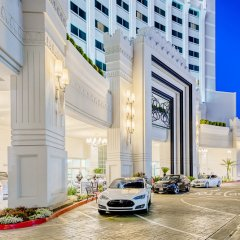 Отель Crowne Plaza Los Angeles-Commerce Casino парковка