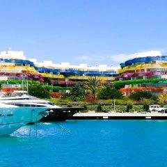 Отель Las Boas Luxury Apartament бассейн