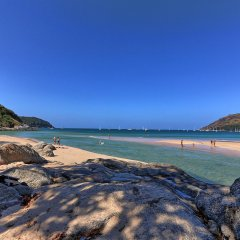 Отель Mangosteen Ayurveda & Wellness Resort пляж