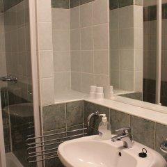Отель Boulevard City Pension and Apartments Венгрия, Будапешт - отзывы, цены и фото номеров - забронировать отель Boulevard City Pension and Apartments онлайн ванная