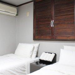 Отель Grim Jongro Insadong Южная Корея, Сеул - отзывы, цены и фото номеров - забронировать отель Grim Jongro Insadong онлайн сейф в номере