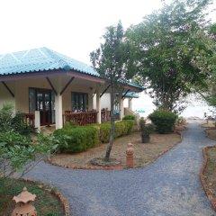 Отель Sarocha Villa