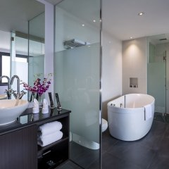 Отель Furama City Centre ванная фото 2