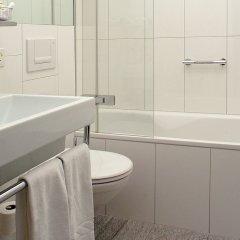 Отель Hauser Swiss Quality Hotel Швейцария, Санкт-Мориц - отзывы, цены и фото номеров - забронировать отель Hauser Swiss Quality Hotel онлайн ванная